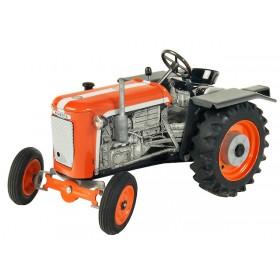 Traktor Kubota T15